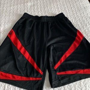 Jordan basket shorts